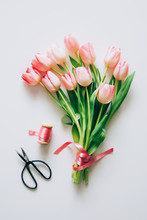 Preparing Pink Tulips Bouquet