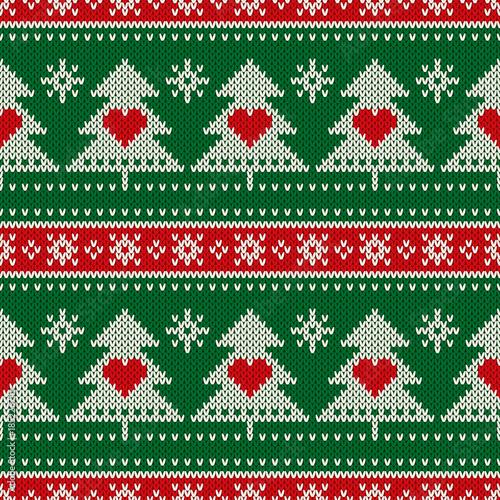 Stoffe zum Nähen Winterurlaub nahtlose Strickmuster mit einem Weihnachten Bäume und Herzen. Stricken Pullover Design. Wolle stricken Textur
