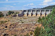 Radial Spillway Gates Of Wyang...
