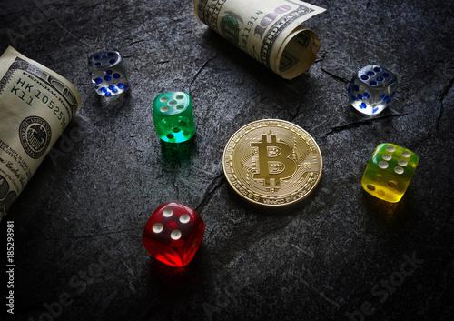 Bitcoin and dice плакат