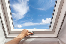 Man Close New Skylight (mansar...