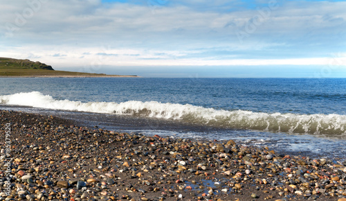Poster Poolcirkel rocky beach north of the Arctic Sea