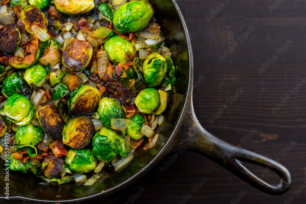 Fototapety, obrazy: Diagonal Cast Iron Skillet with Brussels Sprouts