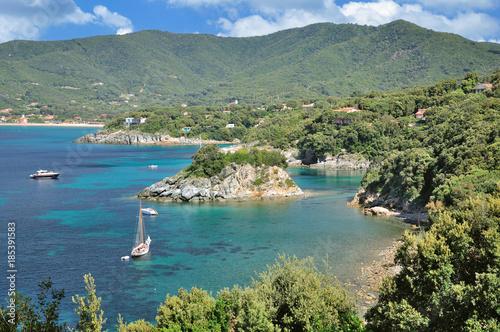 Fotografía Küstenlandschaft auf Elba nahe Marina di Campo mit der Badeinsel von Pauline,Nap
