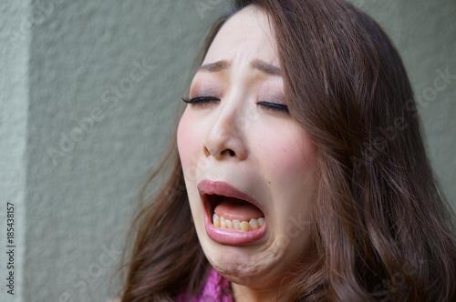 Photo 泣いている女性
