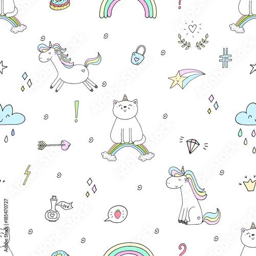 Ręka rysujący bezszwowy wzór z ślicznym kotem na tęczy, doodle ilustracja dla dzieciaka wektoru druku