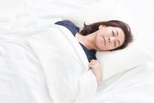 睡眠・ミドル女性