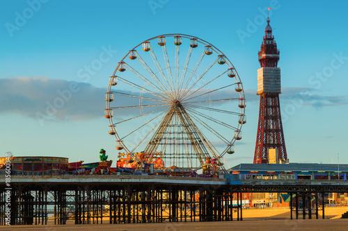 Plakat Blackpool Tower i Central Pier Ferris Wheel, Lancashire, Wielka Brytania
