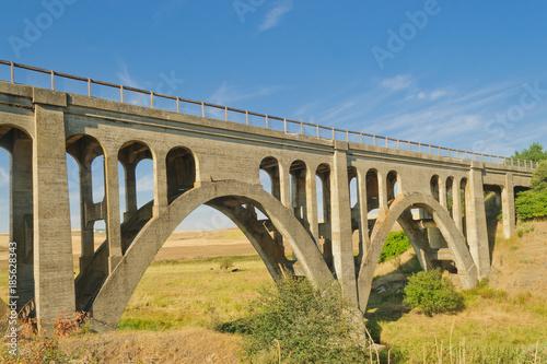 Fototapeta Old concrete trestle style bridge in the Palouse area of Washington