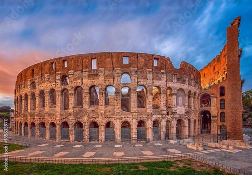 Photo  Roman Colosseum (Flavian Amphitheatre), Rome