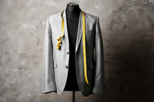 Custom-made Suit On Mannequin ...