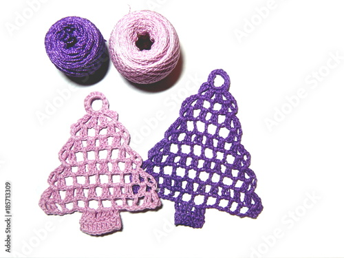Crochet for design of fir tree  Pink and purple yarn for