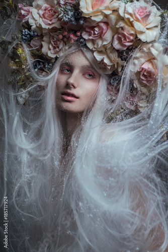 Fototapety, obrazy: Woman with white hair and white roses and snow on face