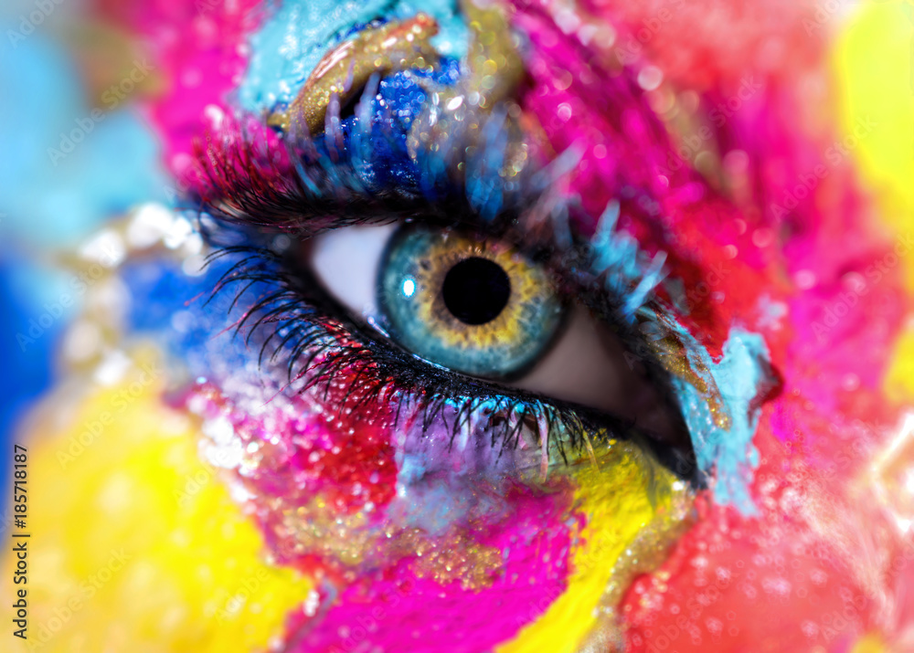 Fototapety, obrazy: Woman eye with colorful makeup closeup