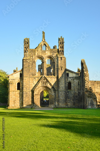 Photo kirkstall abbey, Leeds, west yorkshire