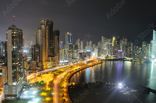 Cuadros en Lienzo  Panama City skyline by night
