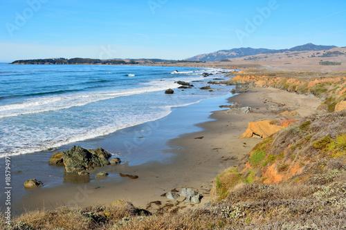 Fotografía Pacific coast near San Simeon.