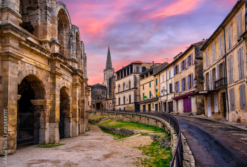 Fototapety, obrazy: Arles Old Town and roman amphitheatre, Provence, France