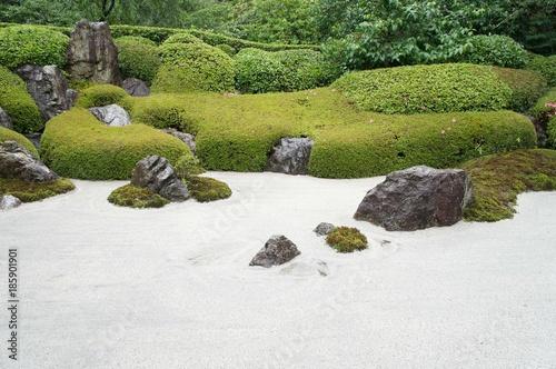 Photo sur Plexiglas Zen pierres a sable 日本庭園