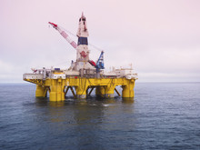 Gulf Of Mexico Offshore Drilling Rig Or Platform, Petroleum Industry