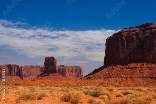 Fotografia  Monument Valley in the Navajo Tribal Park, USA