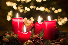 Advent Wreath With All Four Ca...