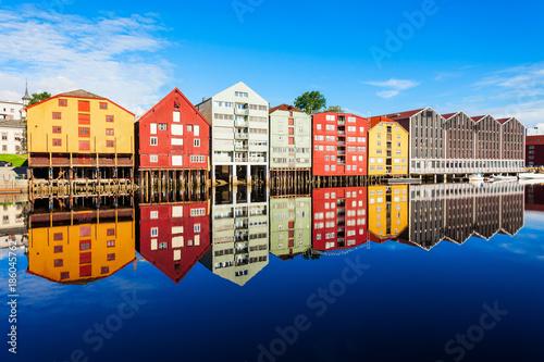 Poster Scandinavie Old houses in Trondheim