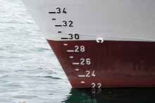 Ship Hull With Waterline And D...