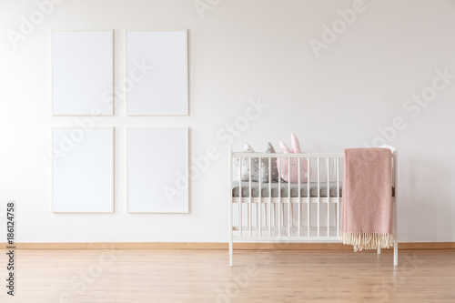 White crib and poster mockups Fototapet