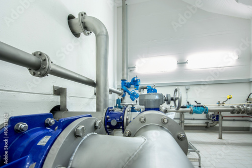Rohrleitungen in der Wasserversorgung am Hochbehälter