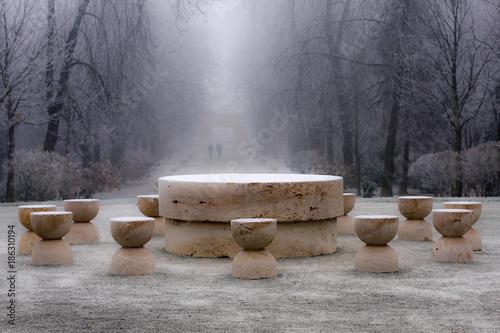 Fotografía Snow on The Table of Silence - masterpiece of Constantin Brancusi