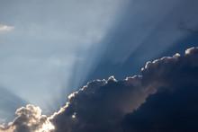 Dramatic Cloud Formation Of Va...