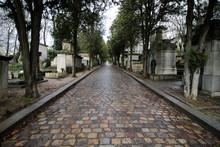 Paris - Cimetière Du Père Lachaise