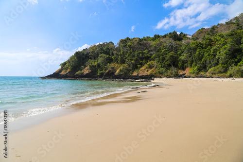 Photo  Traumstrand auf der Insel Ko Lanta in Thailand