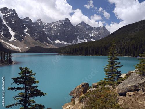 In de dag Canada Moraine Lake - Banff National Park - Canada