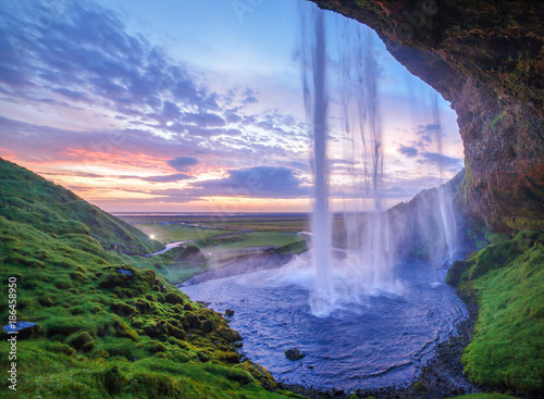 Spoed Foto op Canvas Watervallen seljalandsfoss waterfall at sundown, iceland