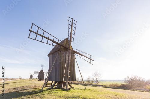 Papiers peints Moulins Windmühle auf Öland