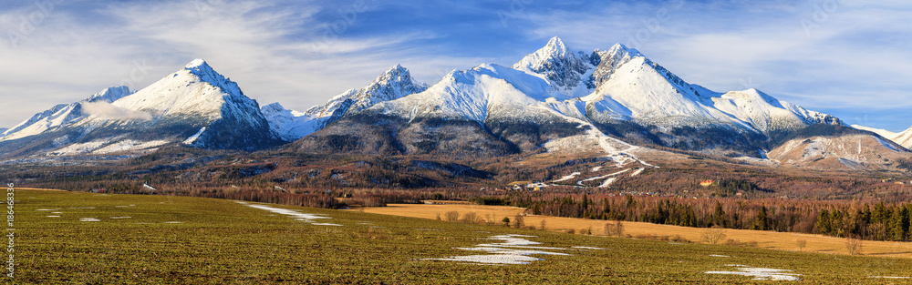 Fototapety, obrazy: Panoramic view of High Tatras mountains in winter, Slovakia