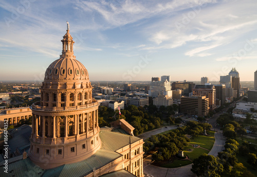 Photo Capital Building Austin Texas Government Building Blue Skies