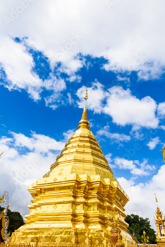 Foto op Aluminium Temple Wat Phra That Doi Suthep The temple founded in 1385 is a major landmark tourist attraction in Chiang Mai