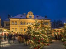 Christmas Market Hellbrunn Pal...
