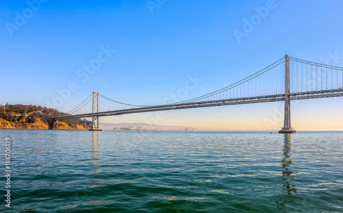 Plakat Oakland Bay Bridge w godzinach wieczornych, San Francisco