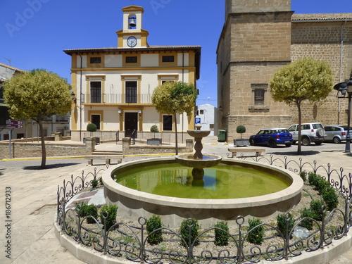 Fotobehang Zuid-Amerika land Ibros, localidad de Jaén, Andalucía (España), forma parte de la comarca de La Loma. Limita con Baeza con la que esta estrechamente relacionada, y con los municipios de Lupión, Rus, Canena y Linares