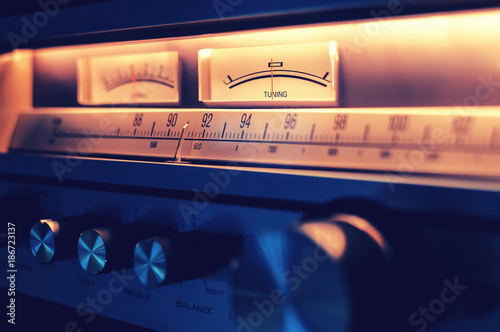 Carta da parati Radio amplifier with VU meters and vintage analog design