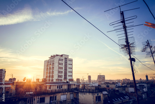 Papiers peints Xian Sunset over the city from roof top
