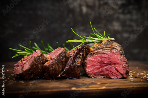 Poster de jardin Steakhouse Steak gegrillt