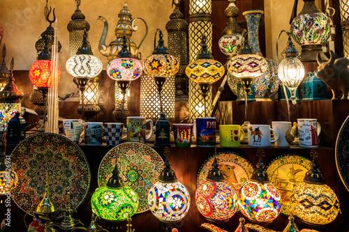 Photo  Traditional Souvenirs and Lanterns Inside Souk Madinat Jumeirah