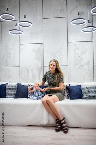 Fototapeta mother and baby obraz na płótnie