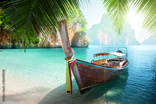 Fotomurales - long boat on island in Thailand