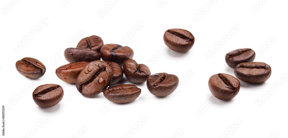 Fototapeta Set of fresh roasted coffee beans isolated on white background.